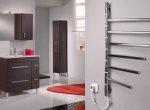 Электрический полотенцесушитель в холле квартиры