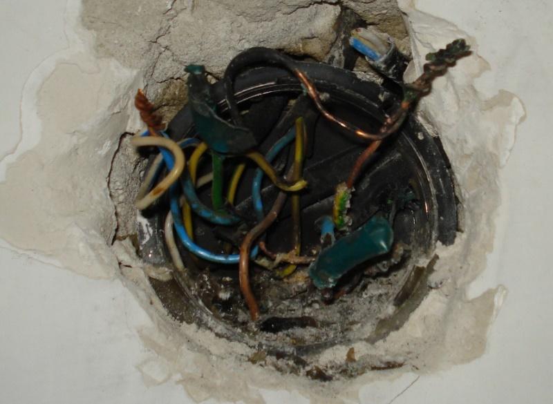 Подгоревшая электропроводка