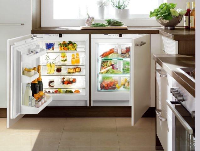 Чем отличается встраиваемый холодильник от обычного и какой лучше