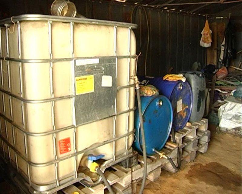 Хранить топливо в больших количествах в гараже запрещено