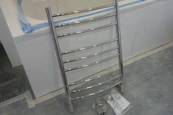 Этап 1: Выбор электрического полотенцесушителя