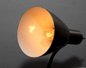 Лампа накаливания мощностью 60 ватт