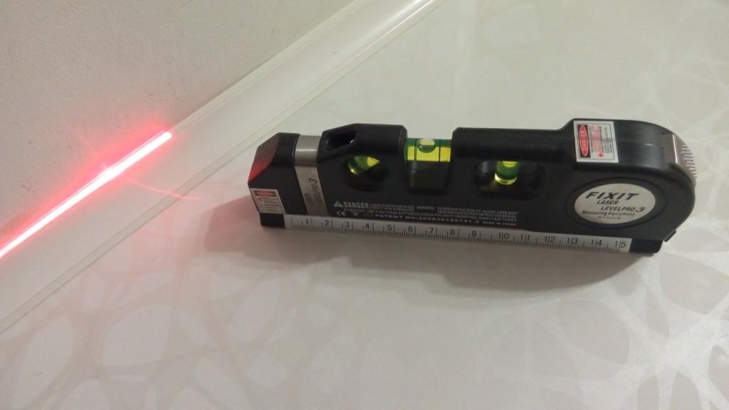 Простейший лазерный уровень