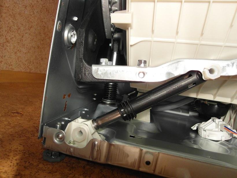 Амортизатор в стиральной машине