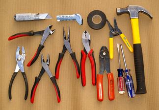 Какие виды оборудования для электромонтажа бывают