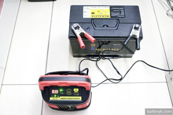 Батарея на зарядке