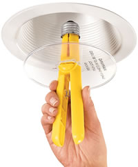 Инструмент для извлечения цоколя лопнувшей лампы