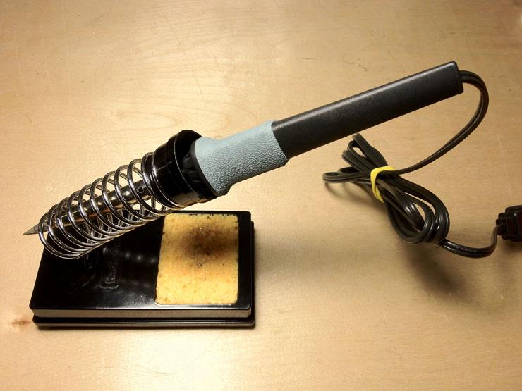 Правила безопасности при работе с электроинструментами