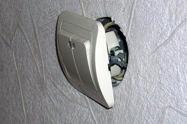 Правила устройства проводки для освещения