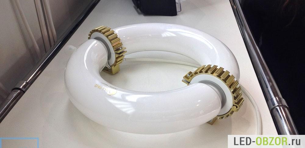 Промышленная индукционная лампа