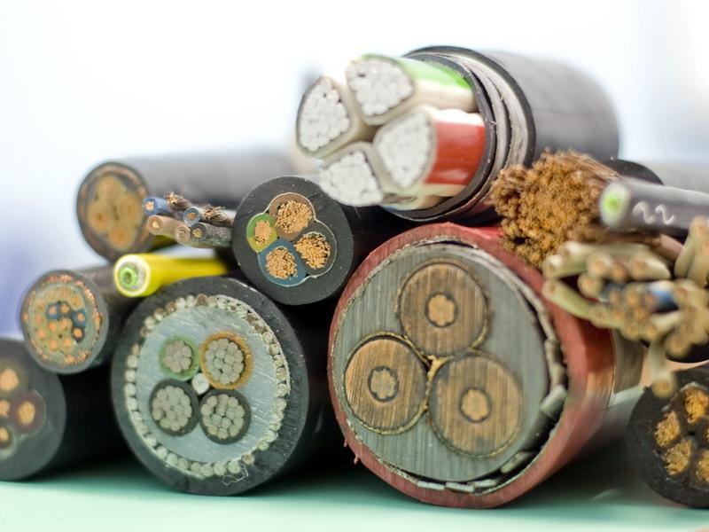 Различные виды электрических проводов
