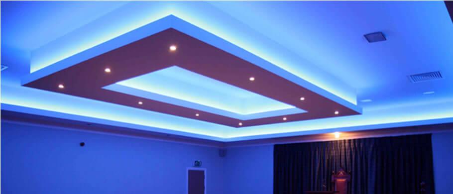 Оригинальная подсветка многоуровневого потолка
