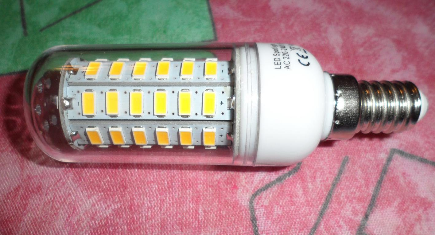 Светодиодная лампа E14 на 56 диодах SMD 5730