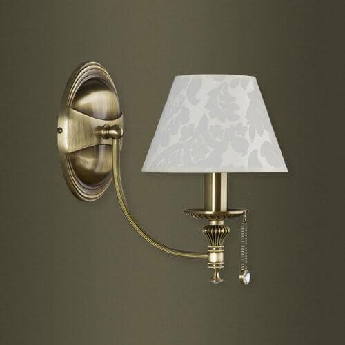 Лампа с веревочным выключателем