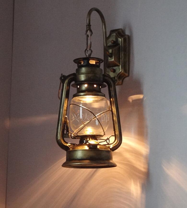Ретро освещение в комнате