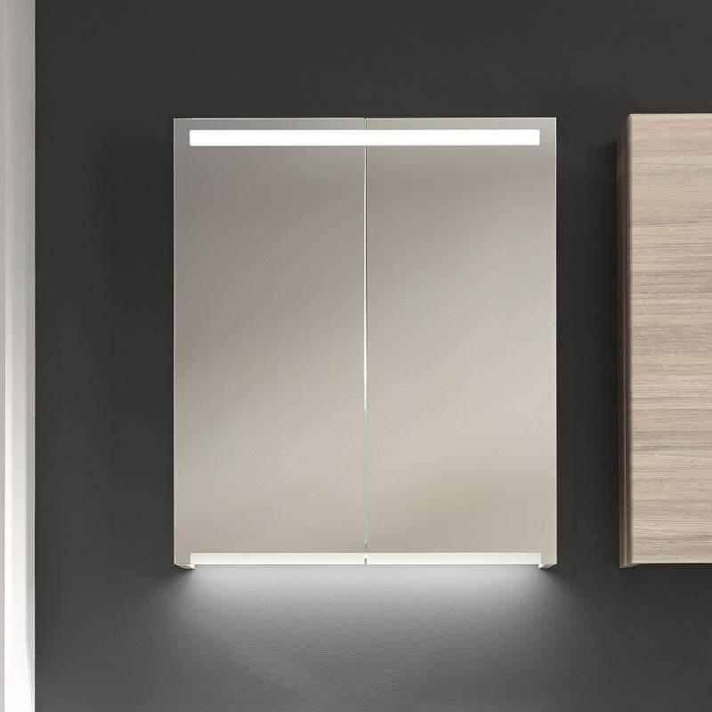 Навесной шкаф для ванной с подсветкой
