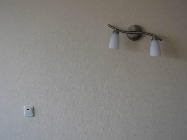 Клавишный выключатель света