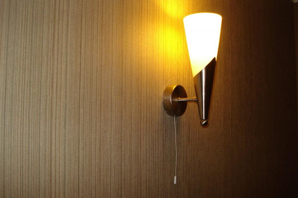 Веревочный выключатель света