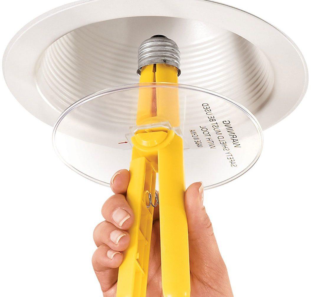 Устройство для извлечения разбитой лампочки