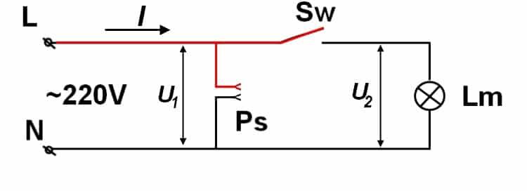 Фрагмент бытовой сети с подключением лампы и розетки