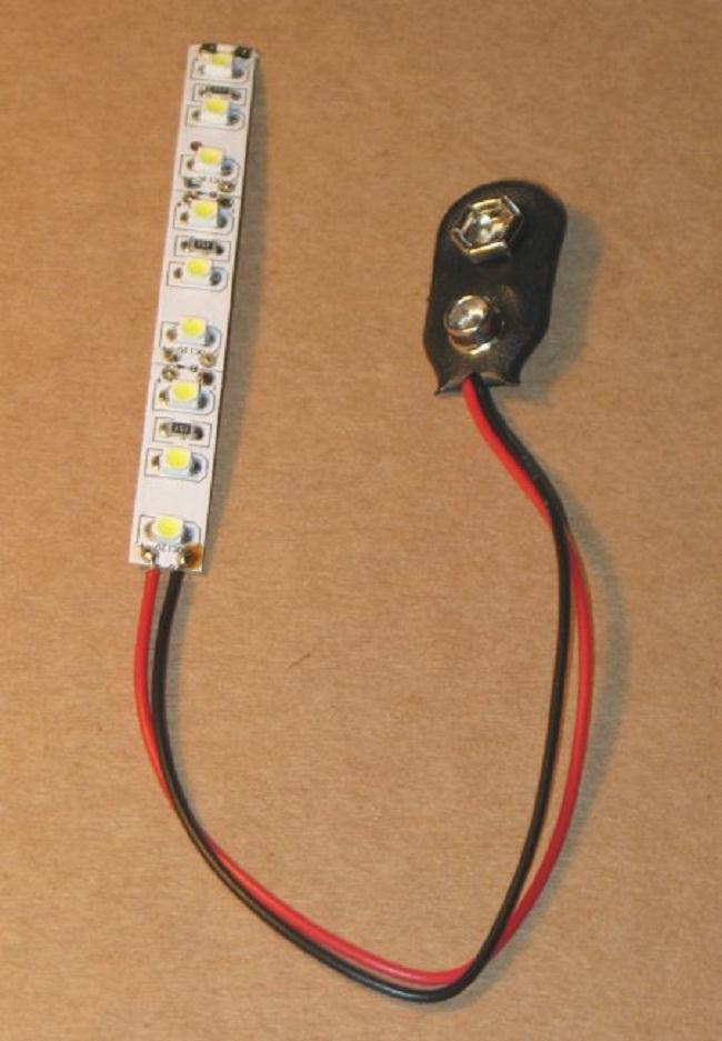 Светодиодная лента с разъемом под батарейку 9В