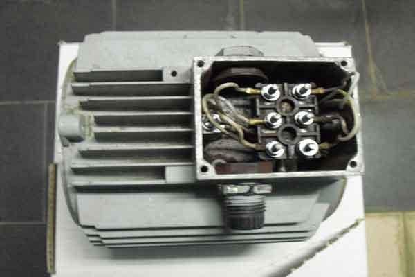 Нерабочий асинхронный электродвигатель