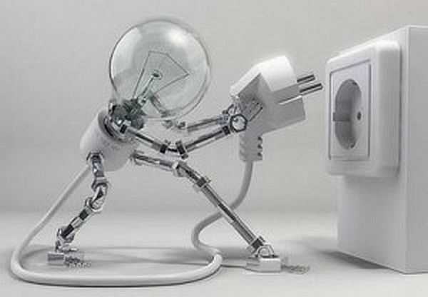 Провести свет в частный дом или на участок можно при наличии технических условий. Выяснить это можно в энергопоставляющей организации вашего района