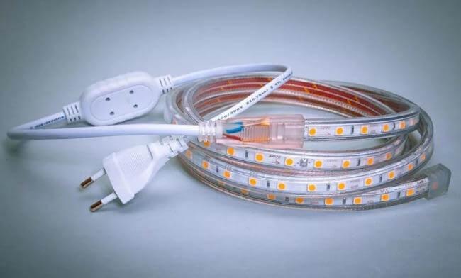 Светодиодная лента с механическим выключателем