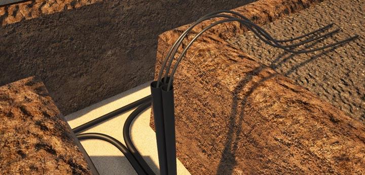 протяжка кабеля под землей в трубах на освещение